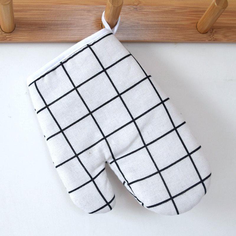Beddinginn Plaid Cotton Insulated Gloves