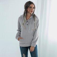 Sweatshirt mit Kaenguru Taschen und Kapuze