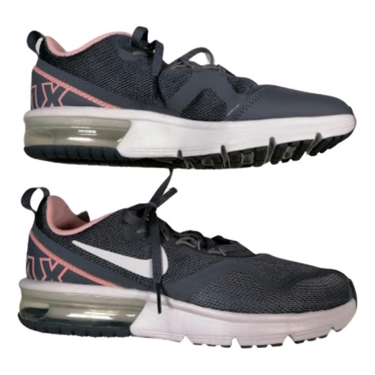 Nike - Baskets Air Max  pour femme - gris