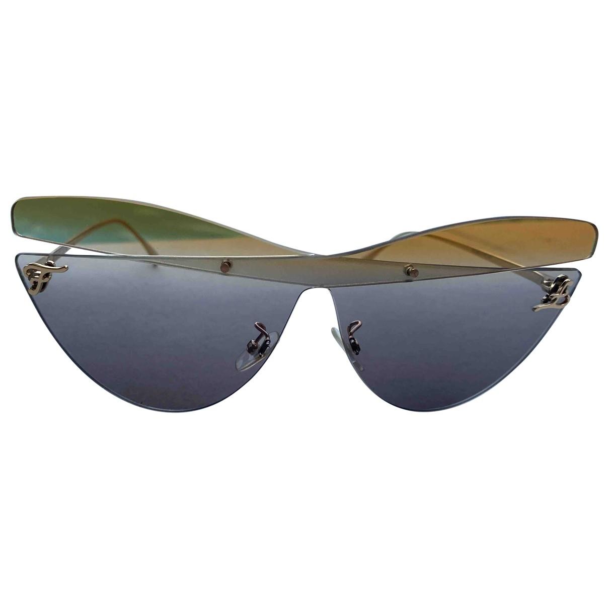 Fendi \N Sonnenbrillen in  Kamel Metall