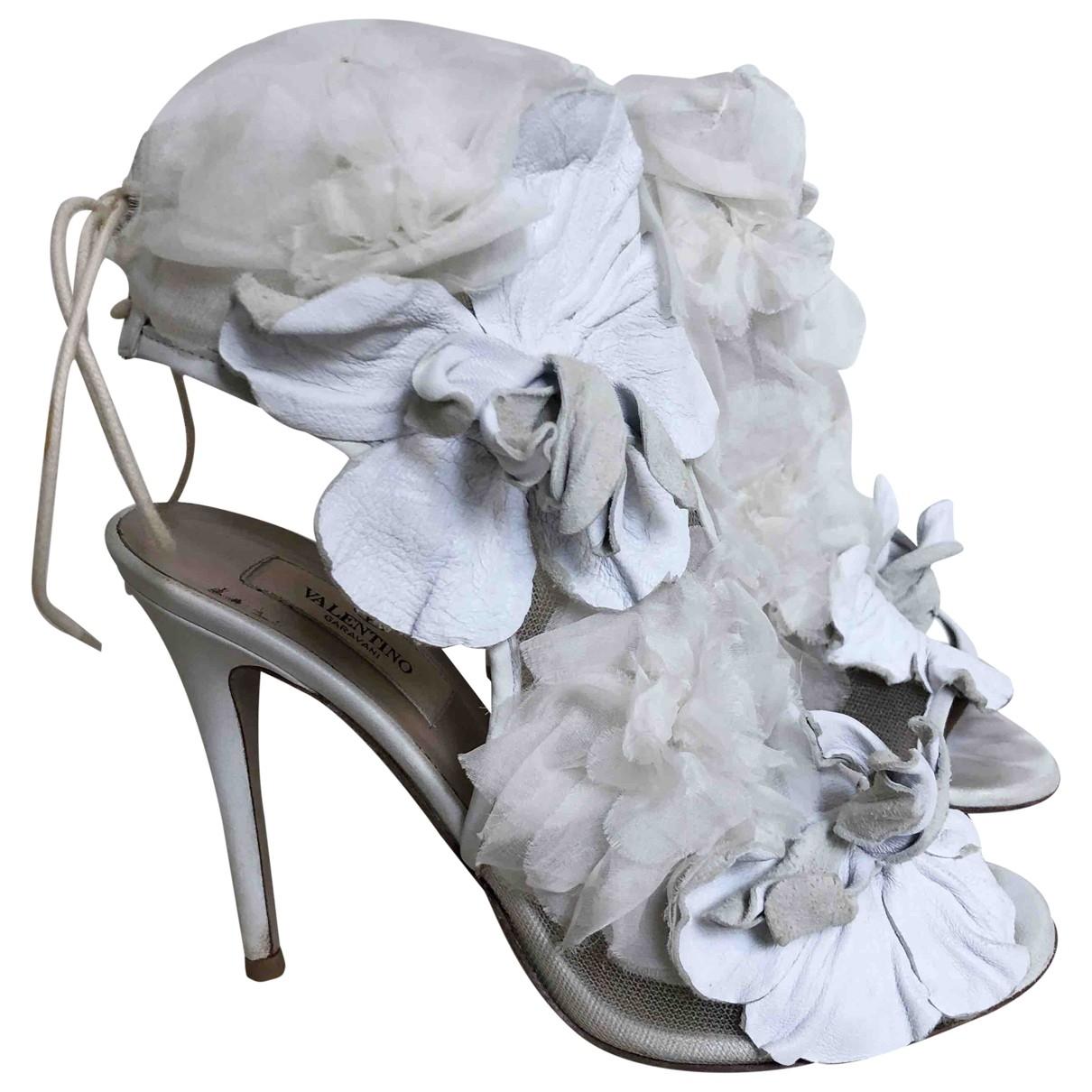 Valentino Garavani \N White Leather Sandals for Women 37.5 EU