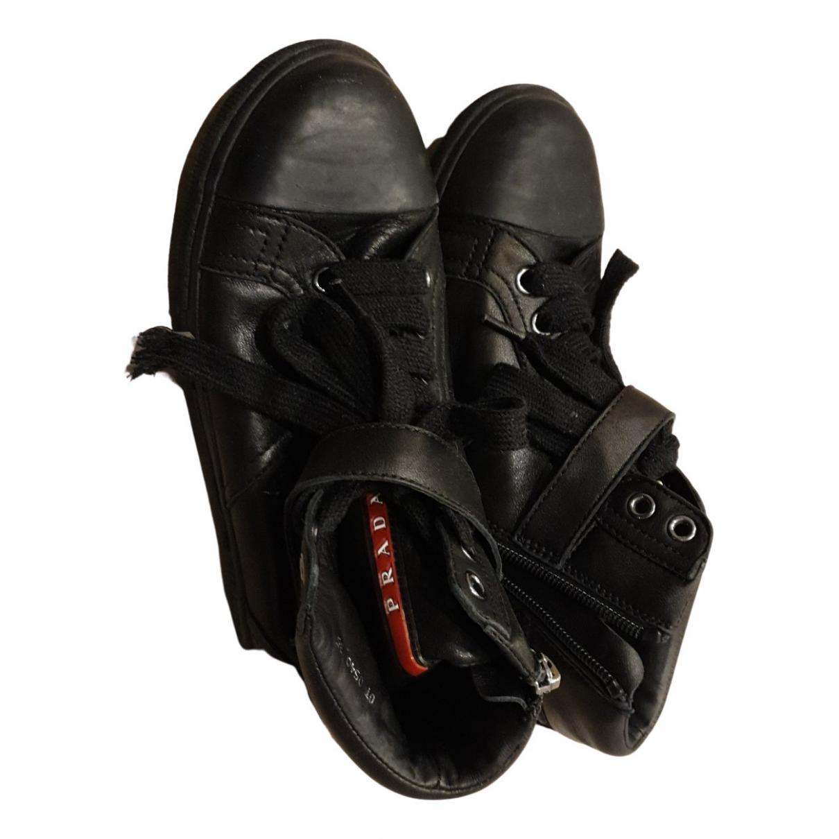 Prada - A lacets   pour enfant en cuir - noir