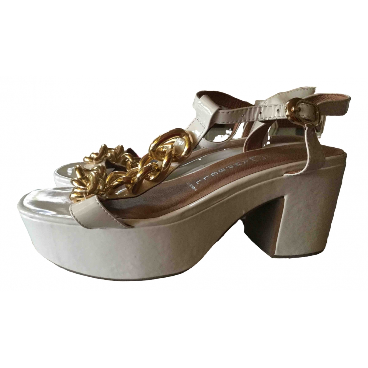 Jeffrey Campbell \N White Patent leather Sandals for Women 39 IT
