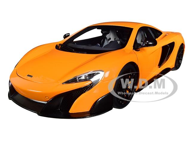McLaren 675LT McLaren Orange 1/18 Model Car by Autoart