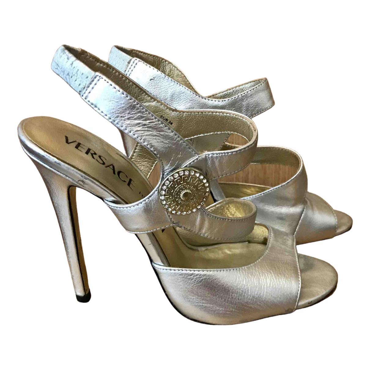 Versace X H&m \N Sandalen in  Silber Leder