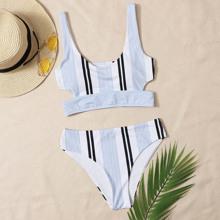 Bañador bikini de rayas con abertura