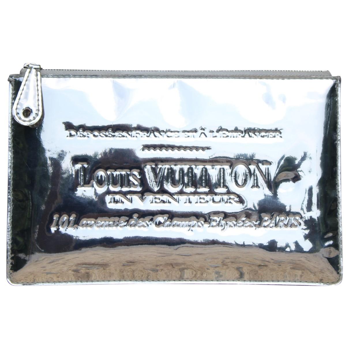 Pochette de Charol Louis Vuitton