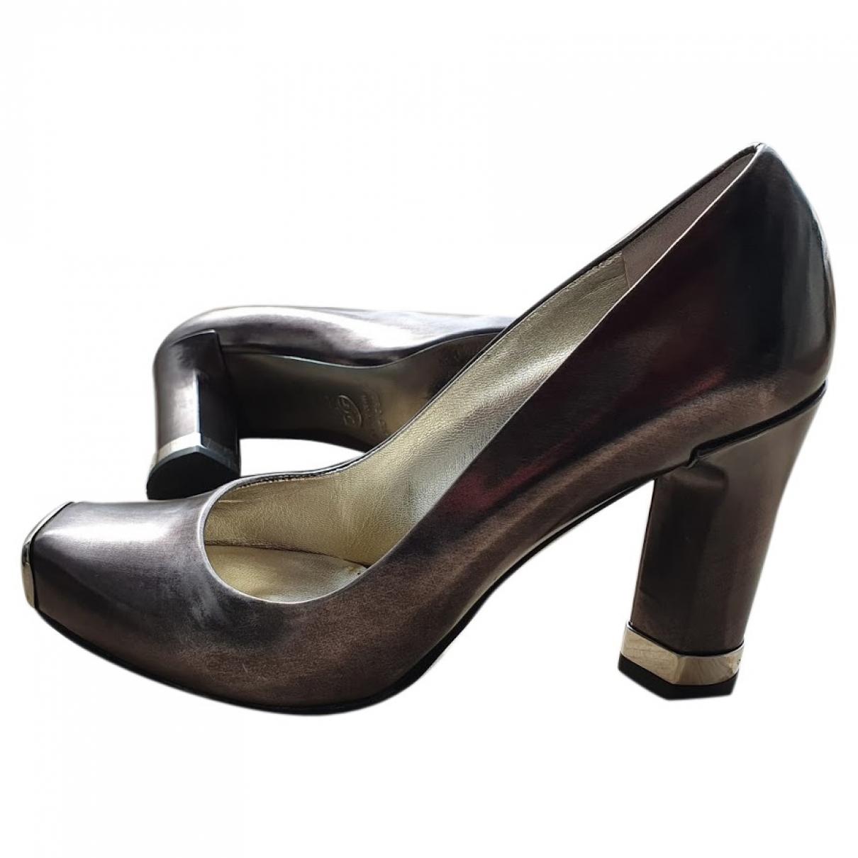 Dolce & Gabbana - Escarpins   pour femme en cuir verni - argente