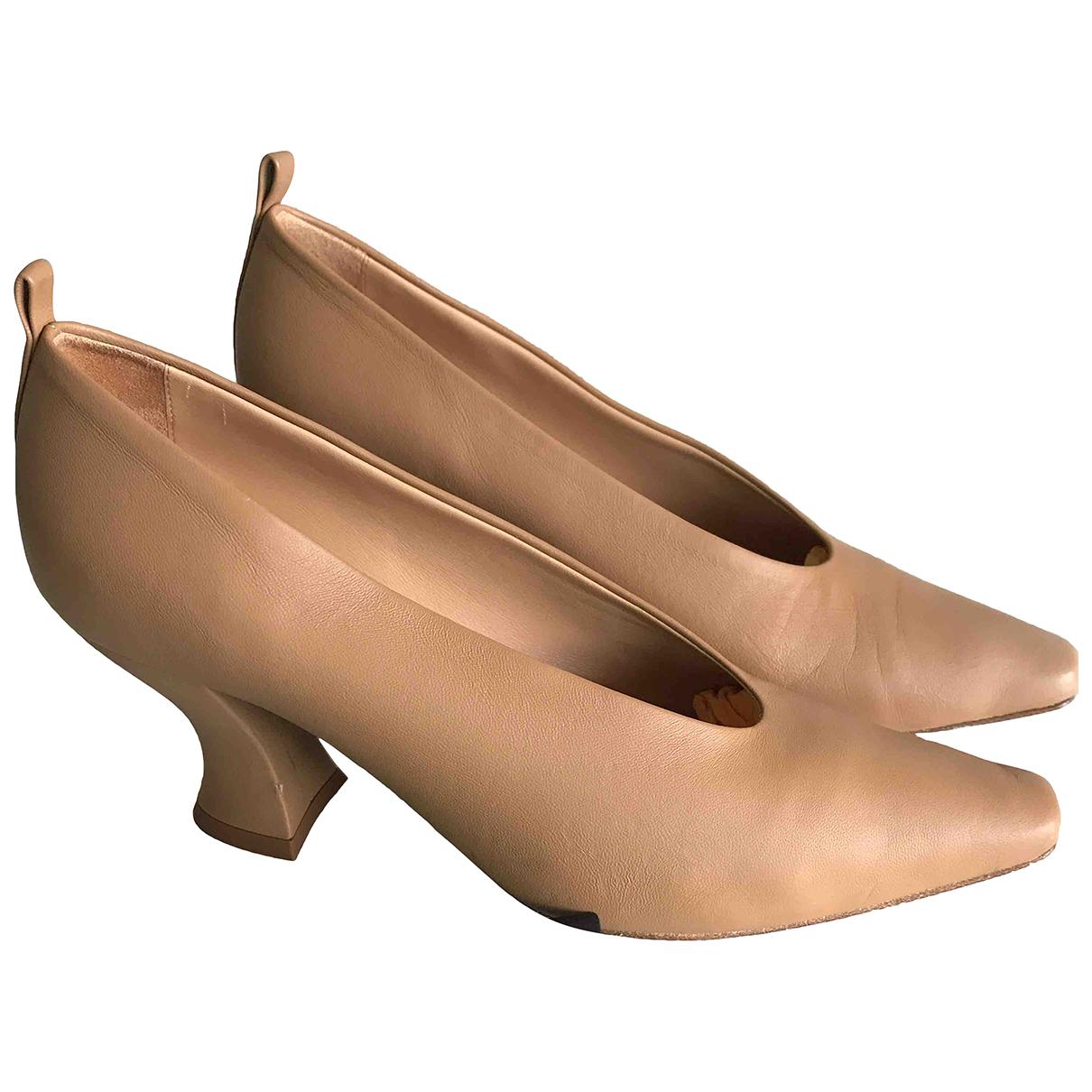 Bottega Veneta Almond Beige Leather Heels for Women 38 IT