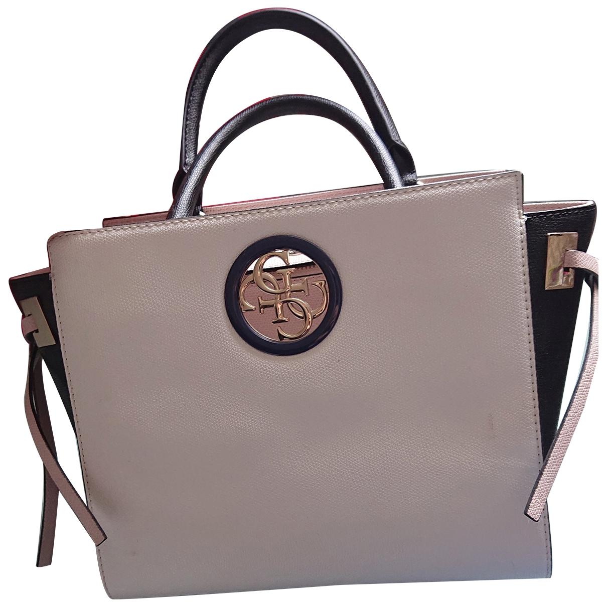 Guess \N Handtasche in  Schwarz Leder