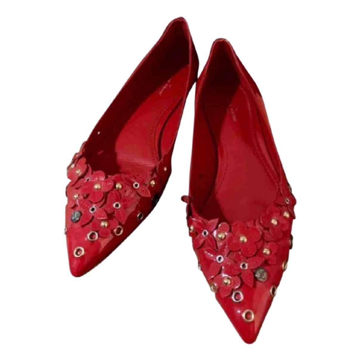 Louis Vuitton \N Red Patent leather Ballet flats for Women 39 EU