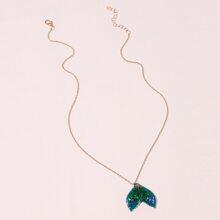 Sequin Fish Tail Pendant Necklace