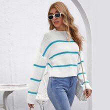 Crop Pullover mit sehr tief angesetzter Schulterpartie und Streifen