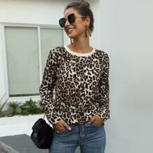 Camiseta de manga larga con estampado de leopardo