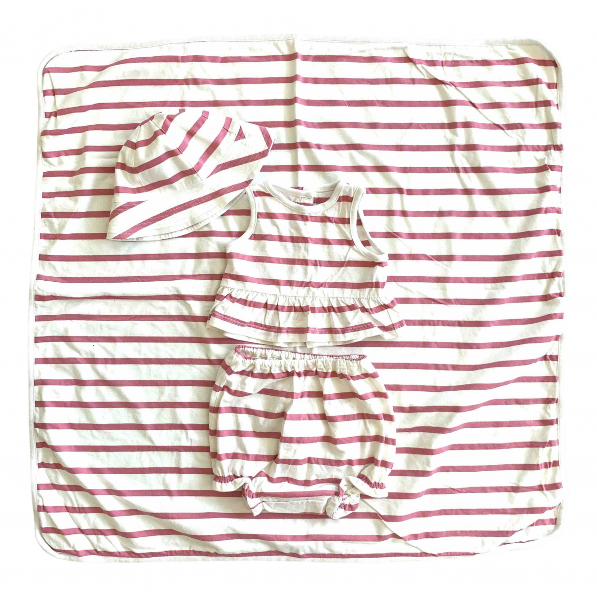 Burberry N Pink Cotton Outfits for Kids 3 months - until 24 inches UK