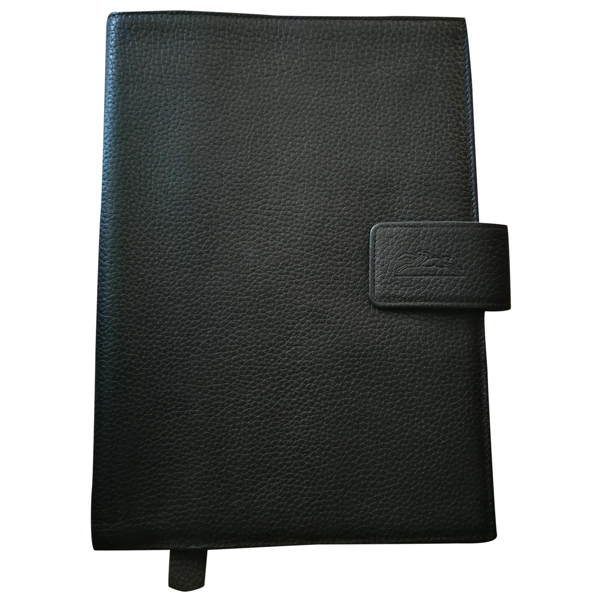 Longchamp \N Black Leather Purses, wallet & cases for Women \N