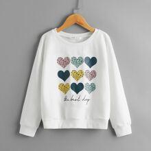 Pullover mit sehr tief angesetzter Schulterpartie und Herzen & Buchstaben Muster
