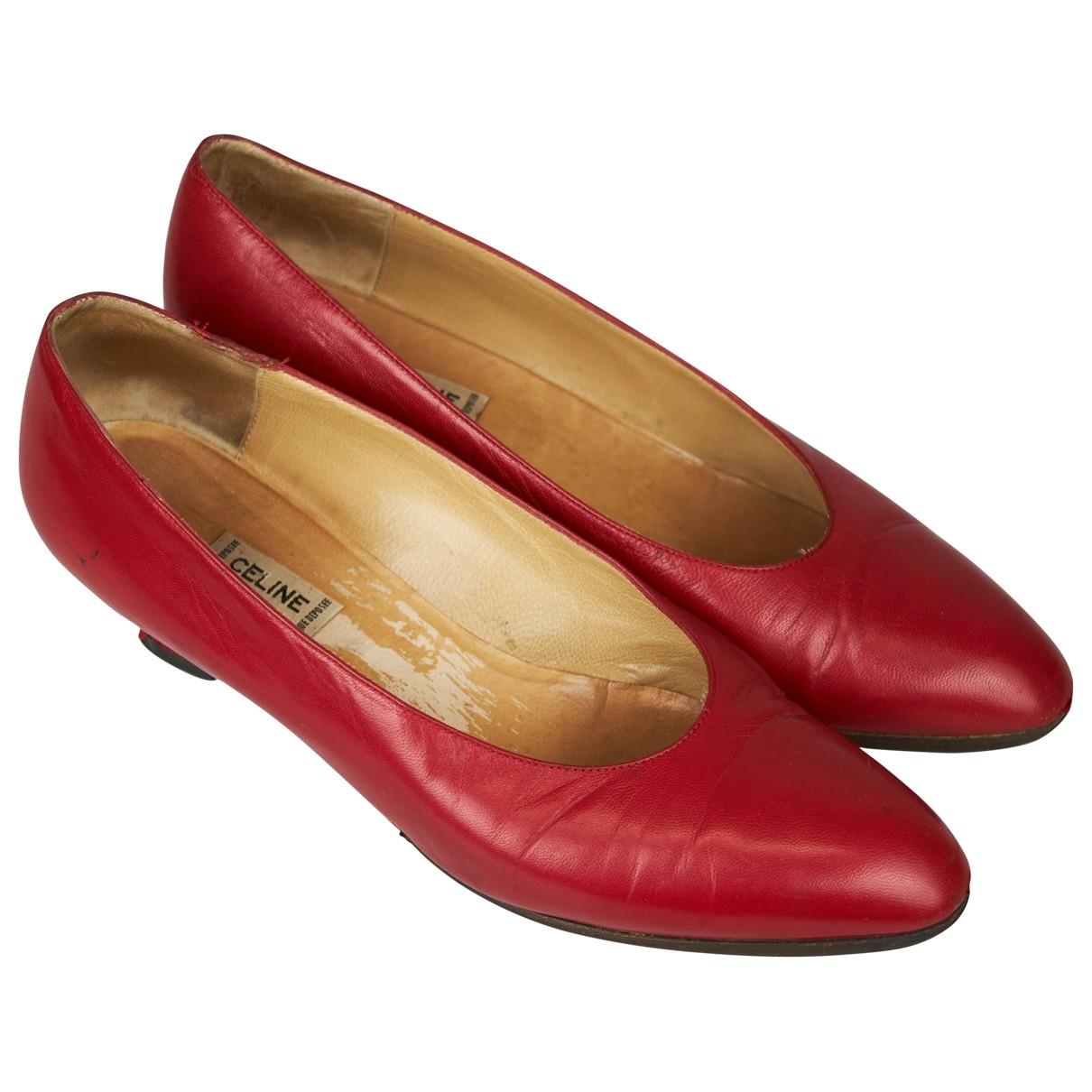 Celine \N Pumps in  Rot Leder