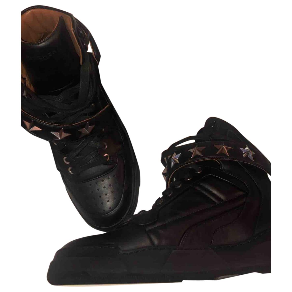 Givenchy - Baskets   pour femme en cuir - noir