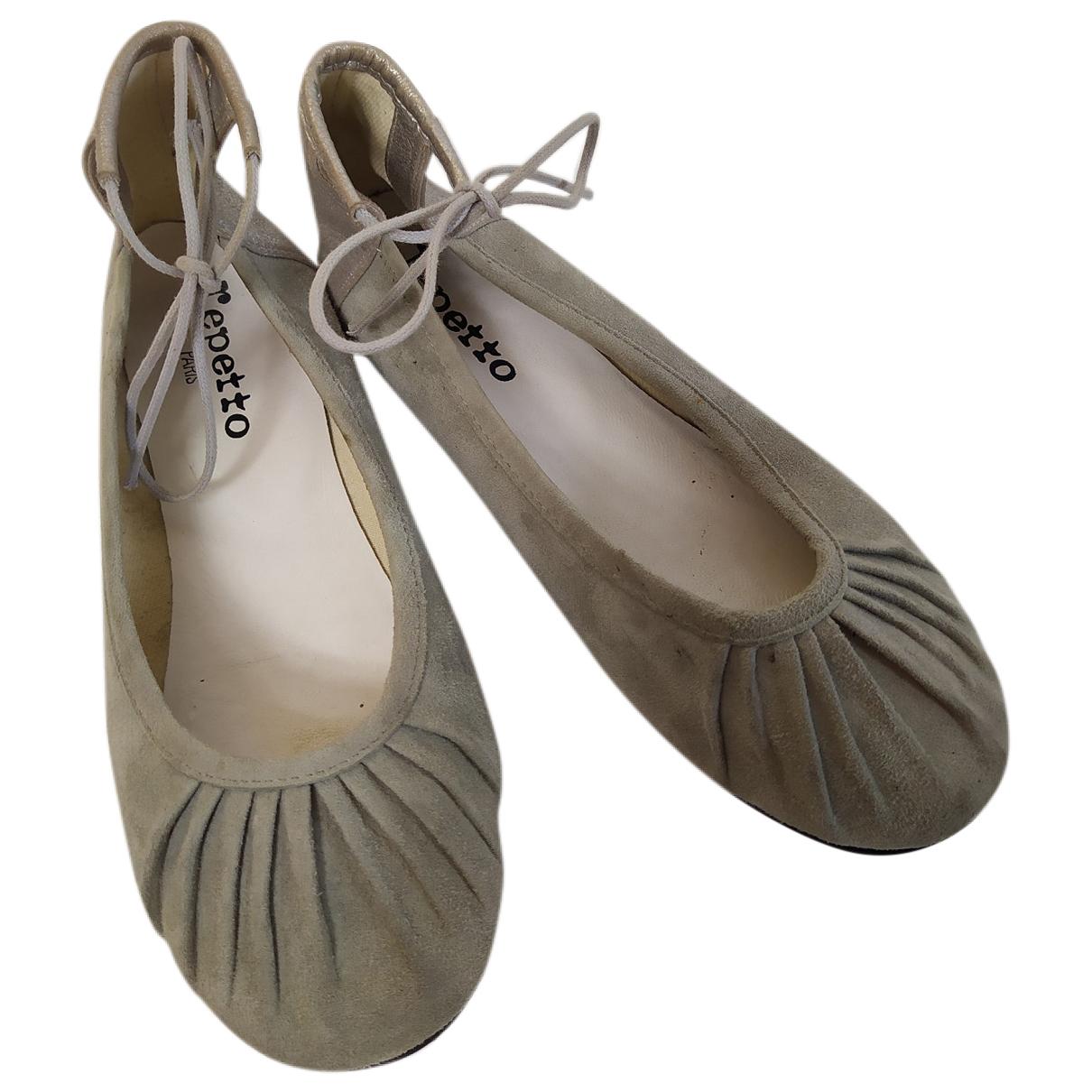 Repetto \N Ballerinas in  Grau Veloursleder