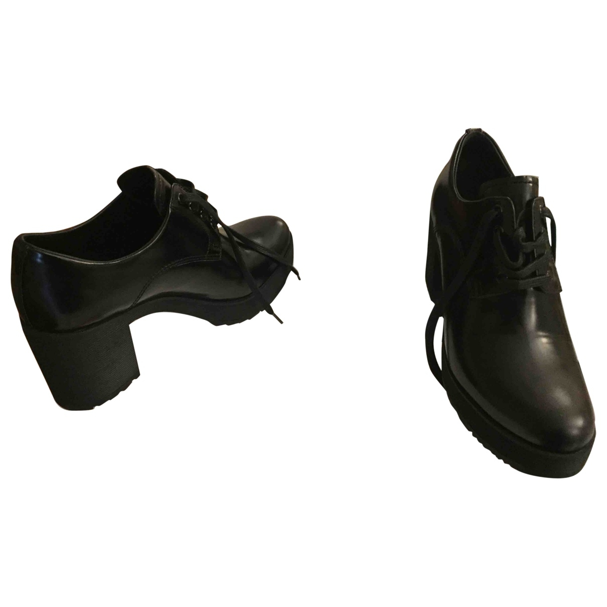 Prada \N Black Leather Lace ups for Women 37 IT