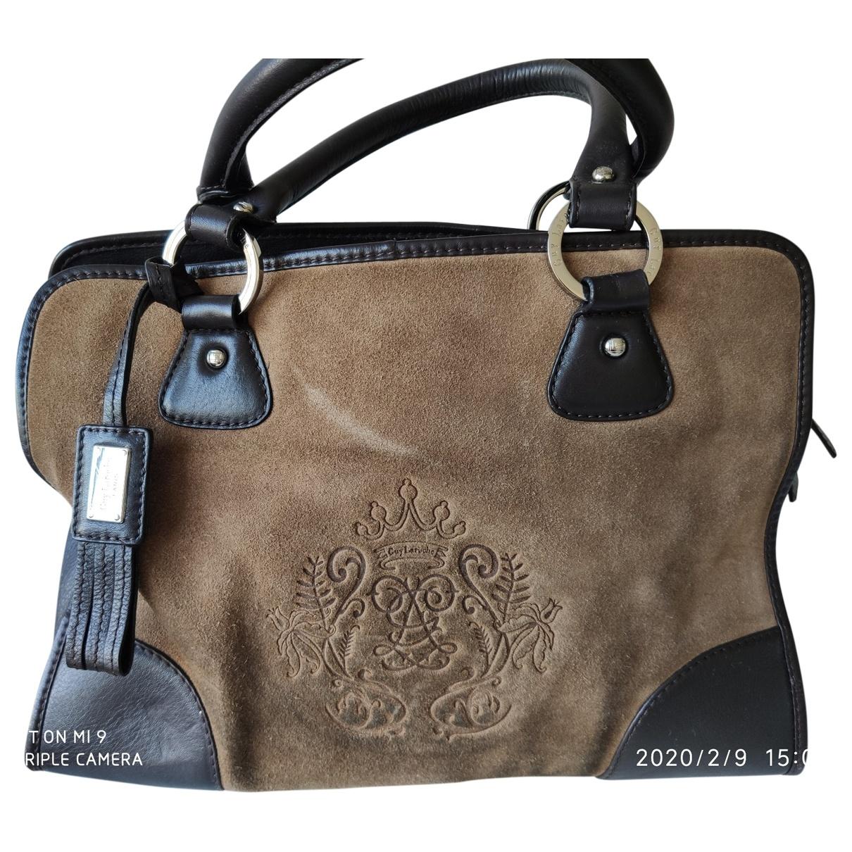 Guy Laroche \N Camel Suede handbag for Women \N