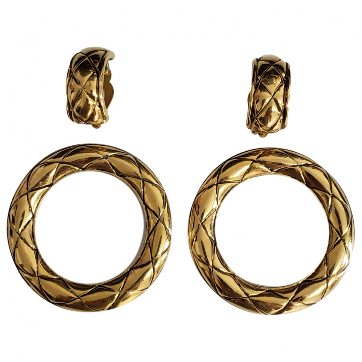 Chanel Matelasse OhrRing in  Gold Metall