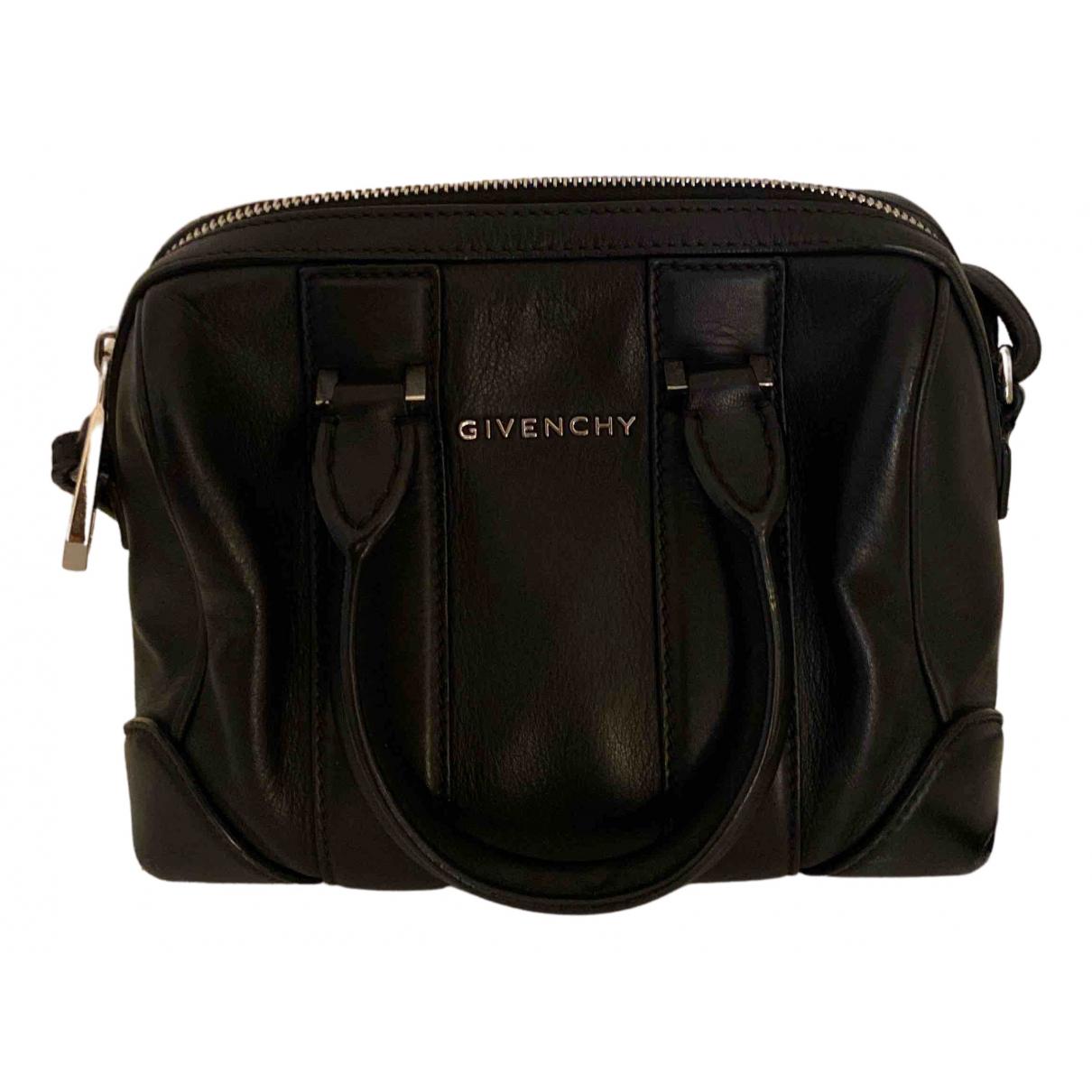 Givenchy Lucrezia Handtasche in  Schwarz Leder