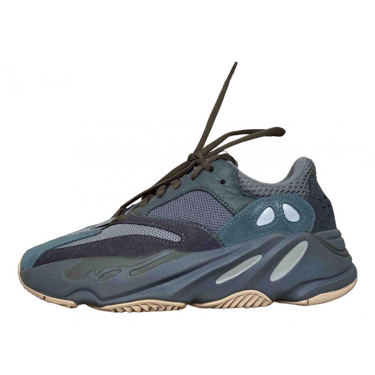 Yeezy X Adidas - Baskets Boost 700 V2 pour femme en suede - gris