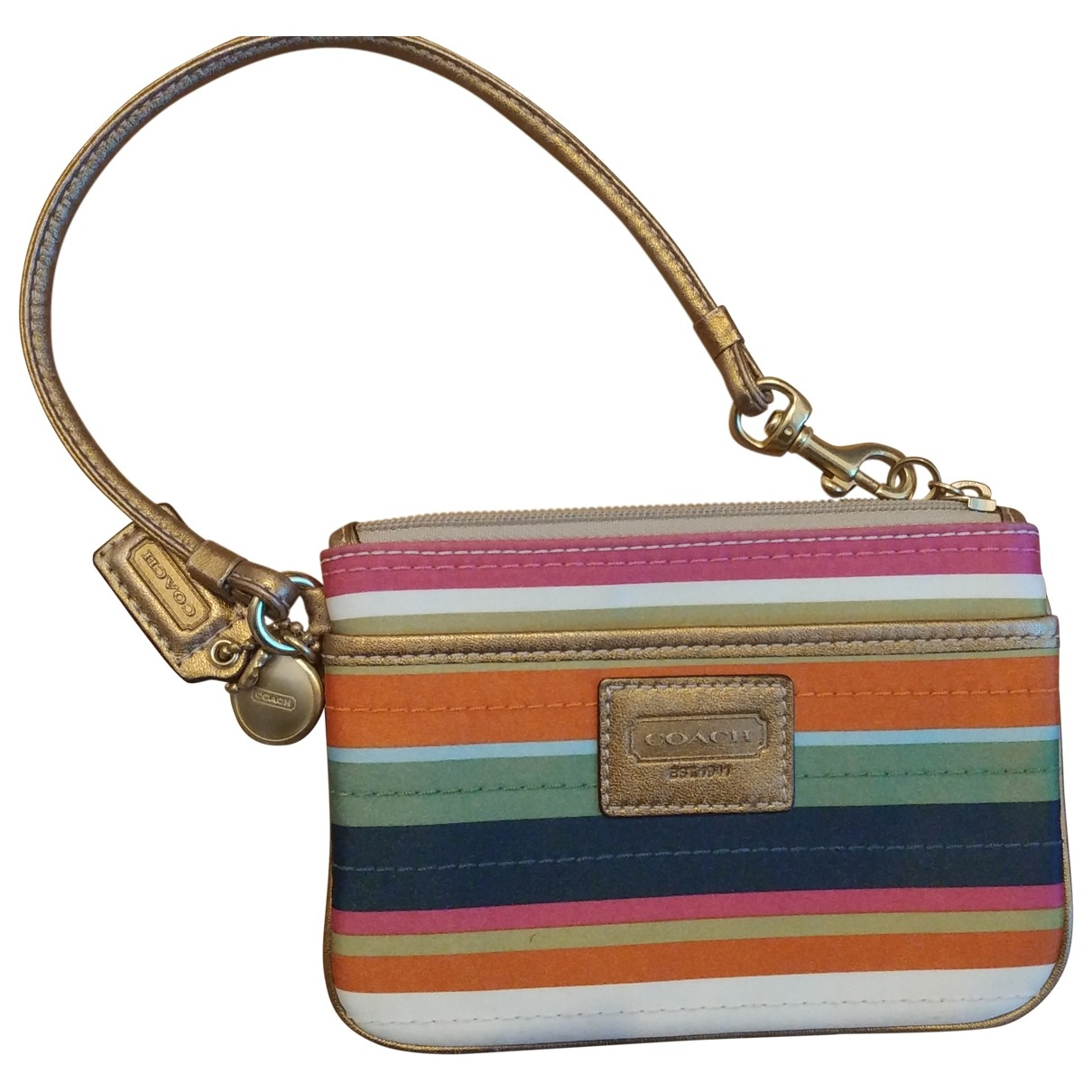 Coach \N Clutch in  Bunt Seide