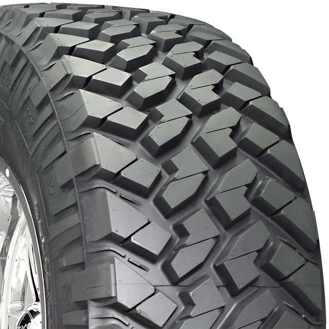 Nitto 374020 Trail Grappler M/T Tire LT355/40 R22 122Q F2 BSW