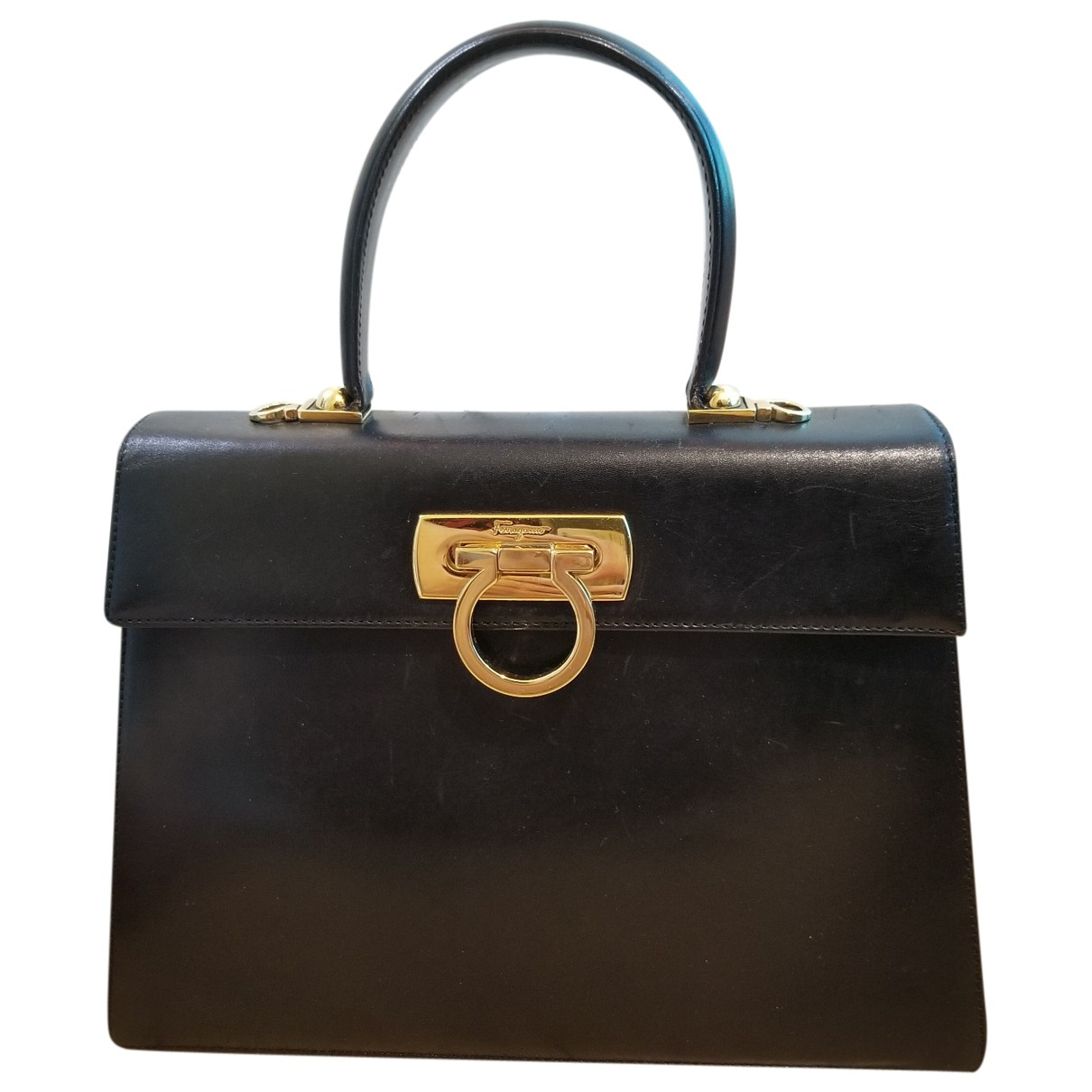 Salvatore Ferragamo \N Black Leather handbag for Women \N
