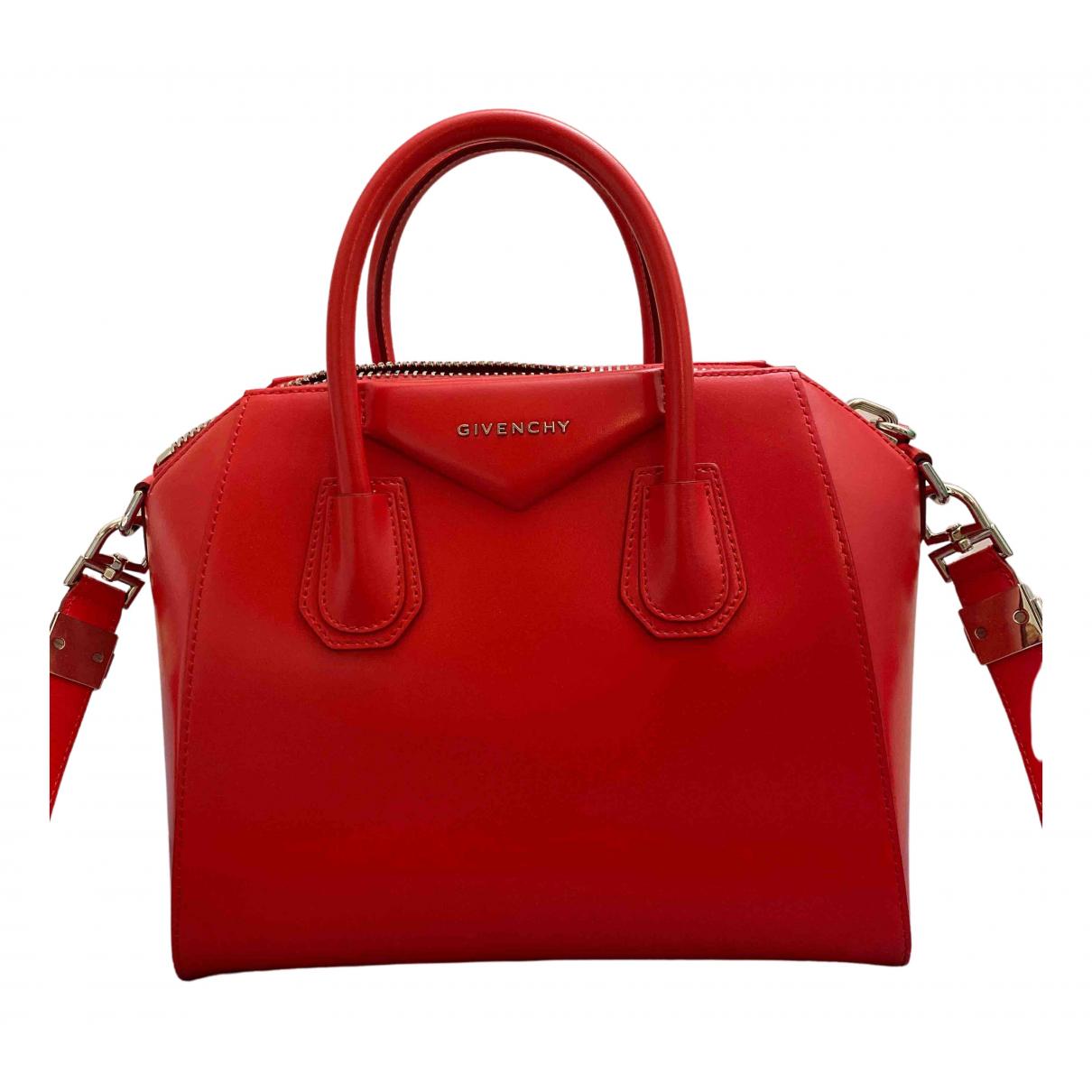 Givenchy Antigona Red Leather handbag for Women \N