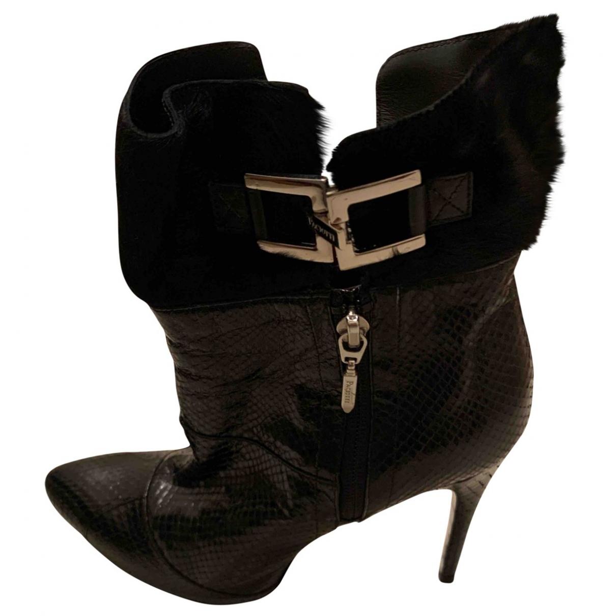Cesare Paciotti \N Black Leather Ankle boots for Women 37.5 EU