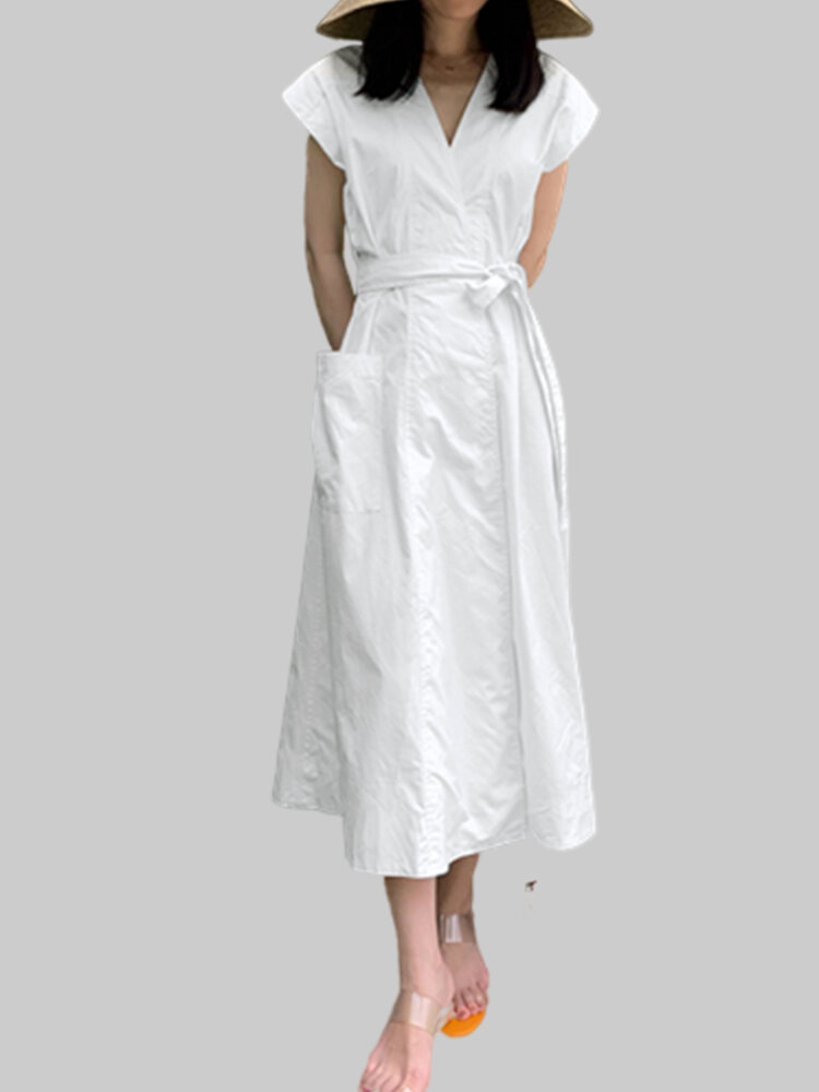 Solid Color V-neck Pocket Dress with Belt
