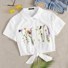 Bluse mit Pflanzen Stickereien und Band