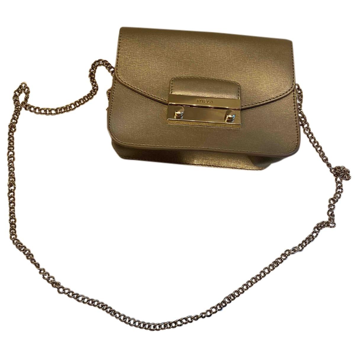 Furla Metropolis Gold Leather handbag for Women \N