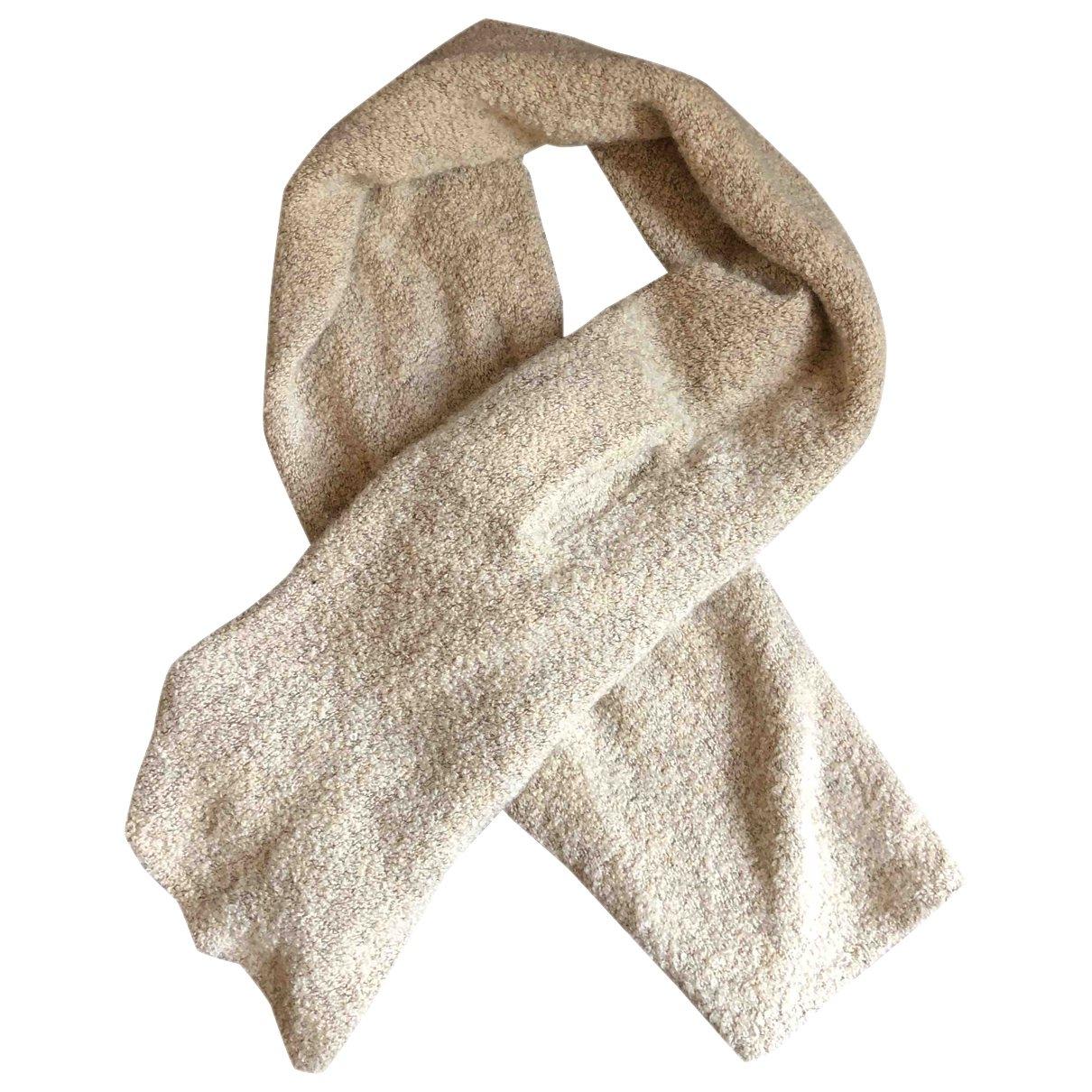 Yves Saint Laurent \N Beige Wool scarf for Women \N