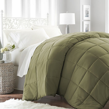 Casual Comfort Premium Ultra Soft Down Alternative Midweight Wrinkle Resistant Comforter, One Size , Green