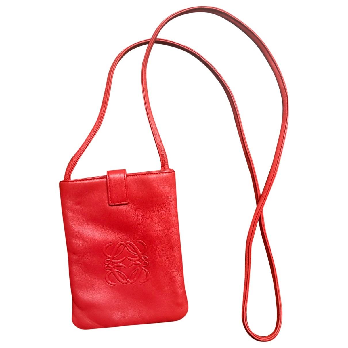 Loewe \N Red Fur Clutch bag for Women \N