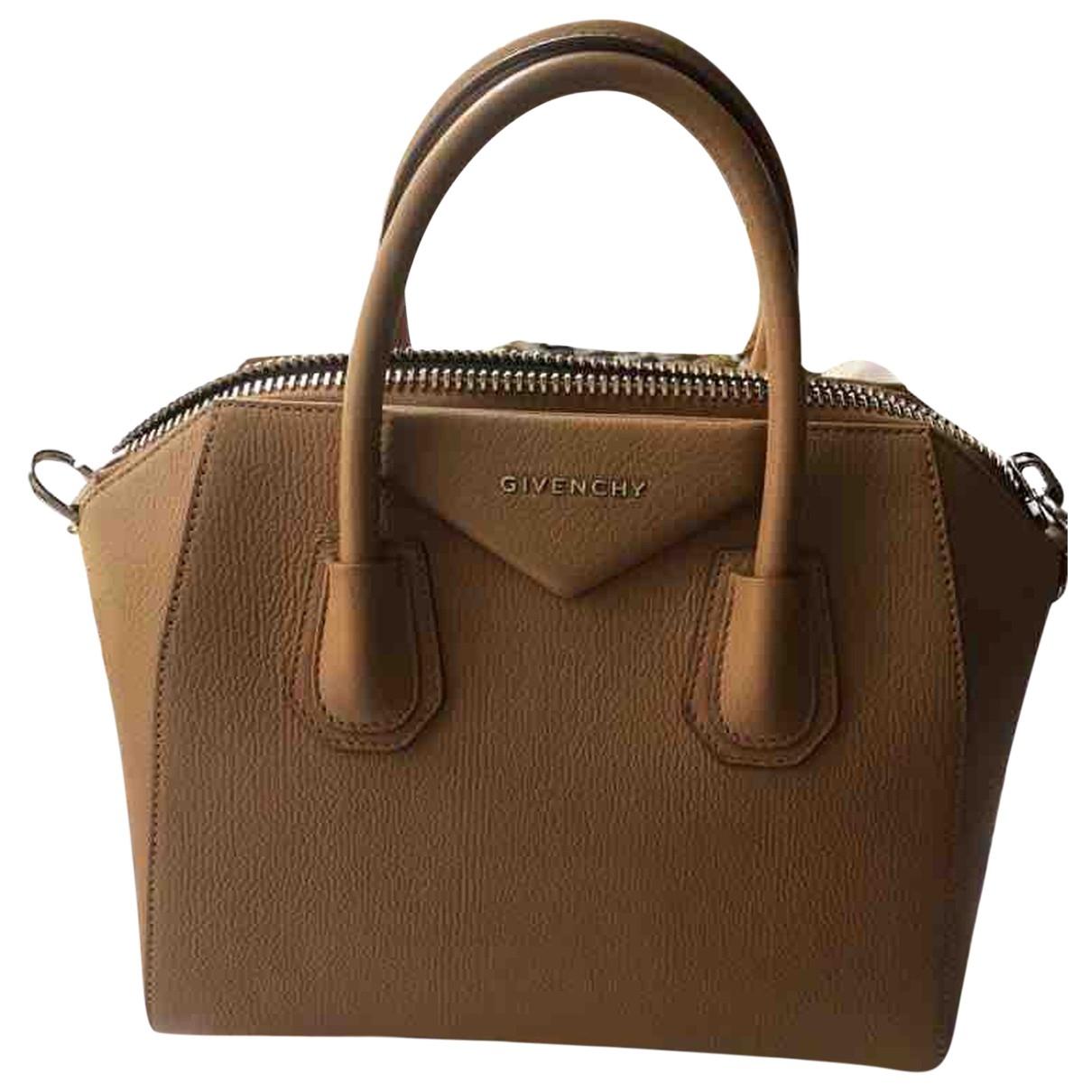 Givenchy Antigona Handtasche in  Kamel Leder