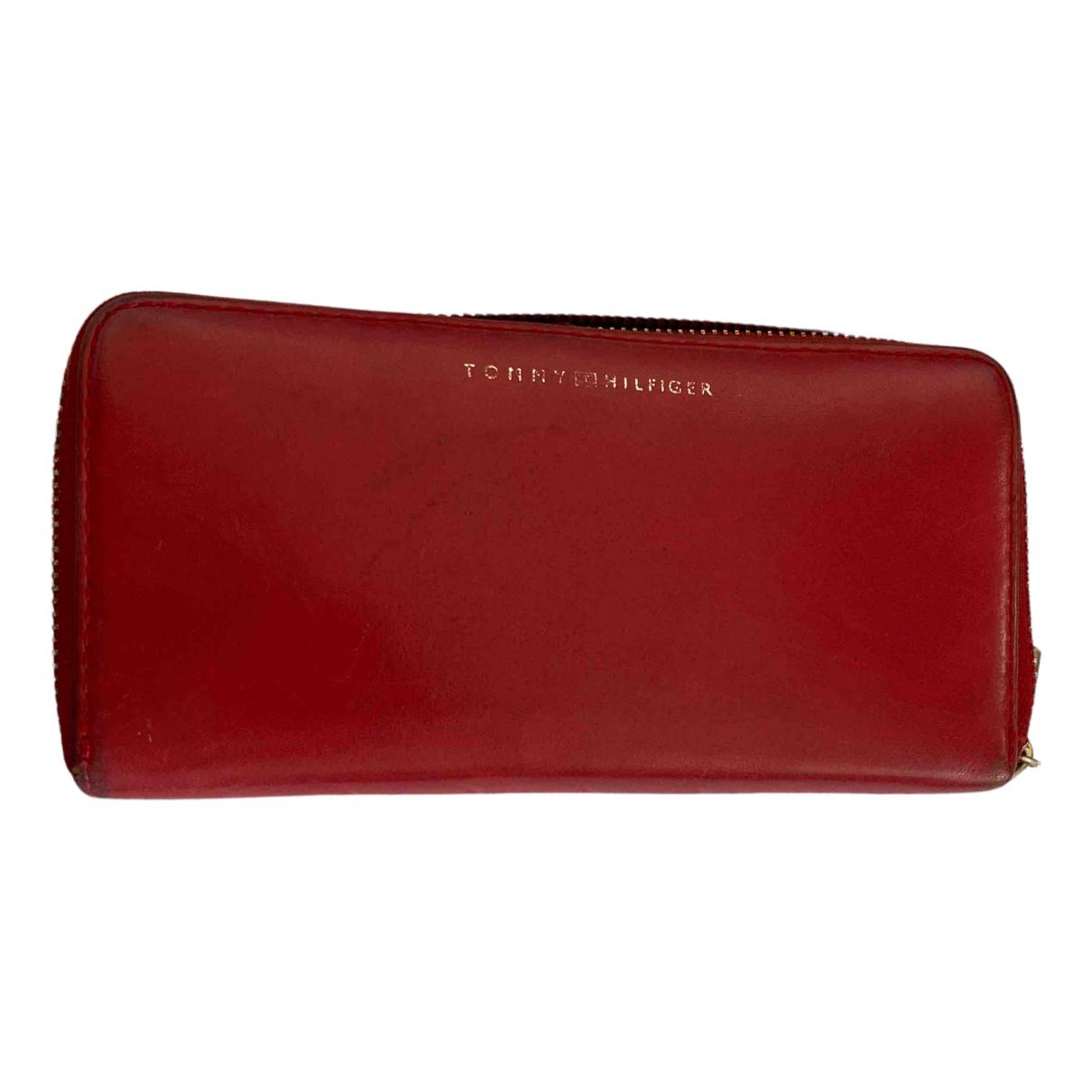 Tommy Hilfiger \N Portemonnaie in  Rot Leder