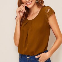 Guipure Lace Panel Cap Sleeve Plicated Blouse