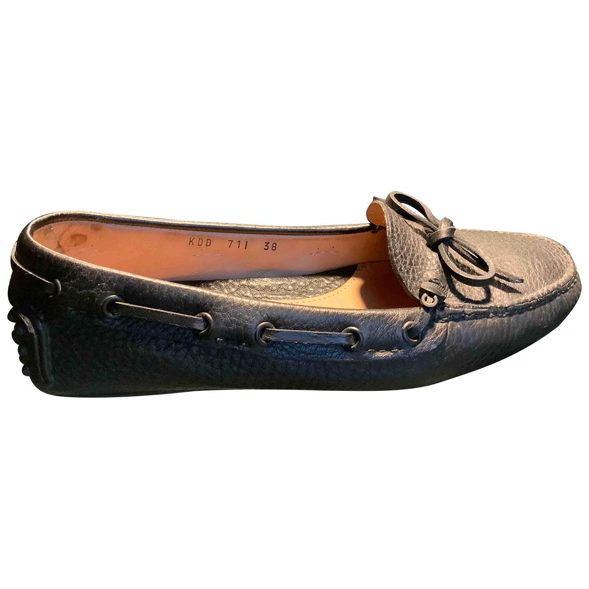 Carshoe \N Black Leather Flats for Women 38 EU