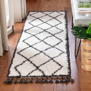 Safavieh Carmella Afton Shag Trellis Polyester Rug (2'2