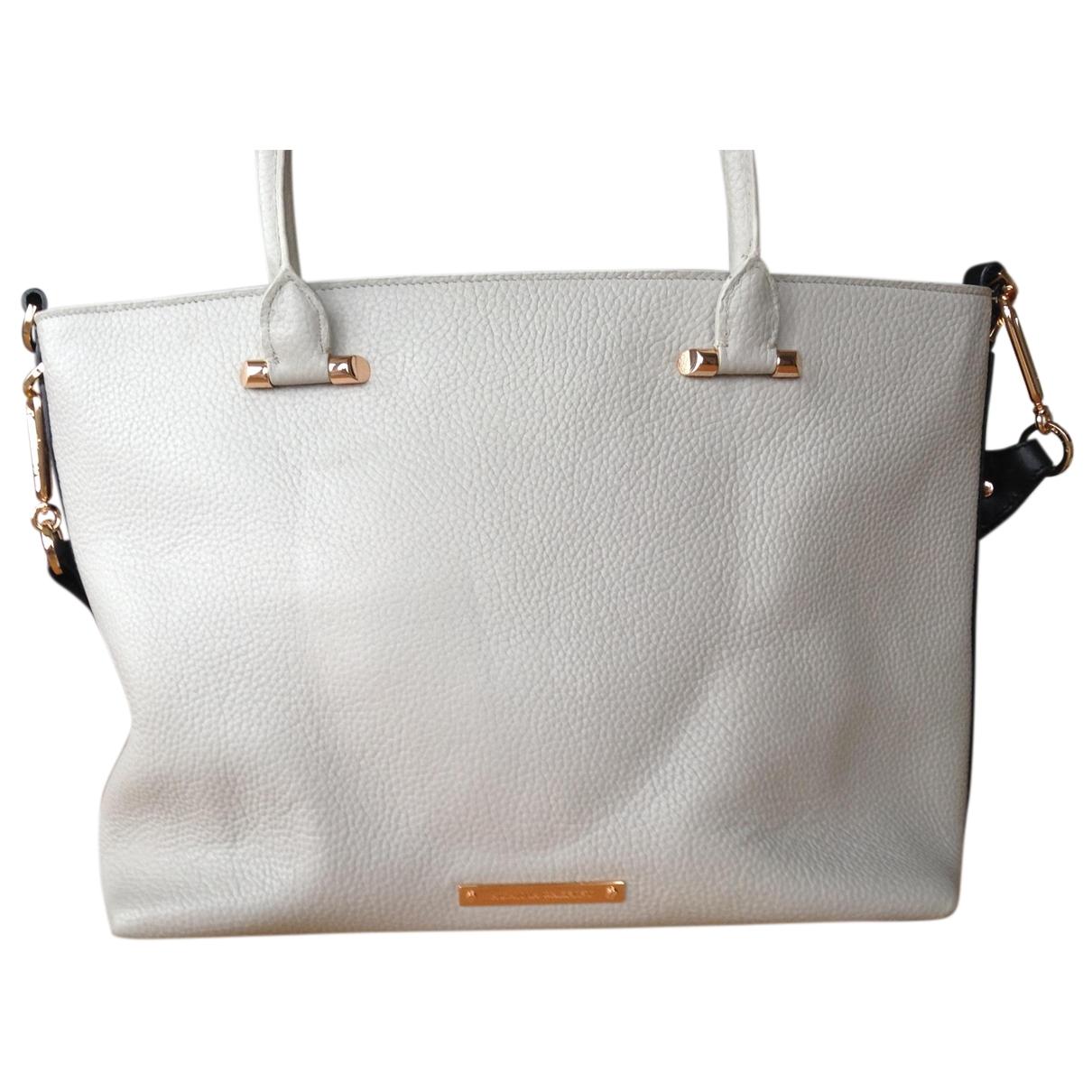 Amanda Wakeley \N Handtasche in  Grau Leder