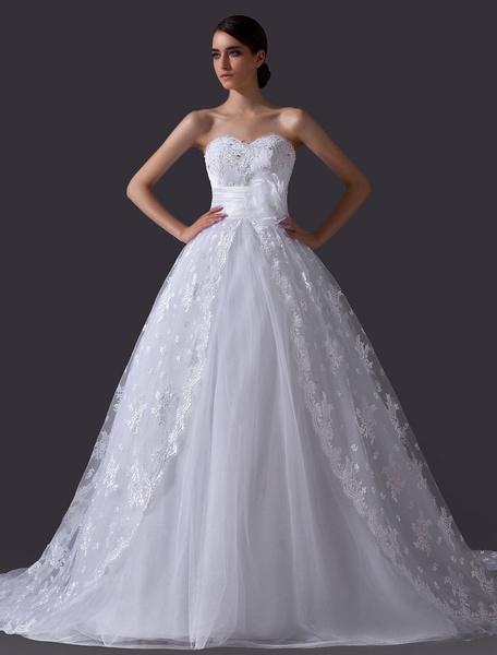 Milanoo Vestido de novia de encaje blanco con escote de corazon de estilo clasico