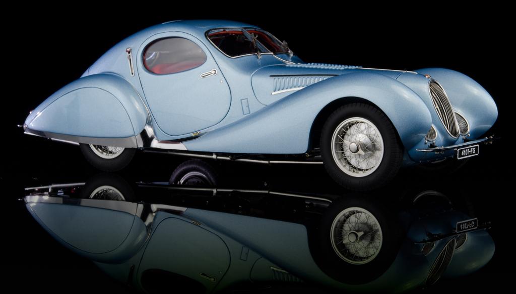 1937-39 Talbot Lago Coupe Blue T150 C-SS Figoni & Falaschi Teardrop 1/18 Diecast Model Car by CMC
