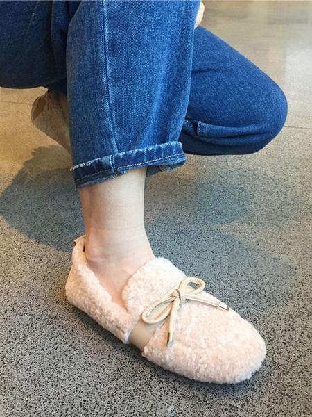 Milanoo Mocasines de piel sintetica Arcos de punta redonda de albaricoque Zapatos de invierno sin cordones