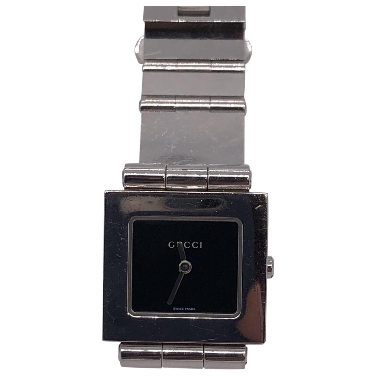 Gucci \N Uhr in Stahl